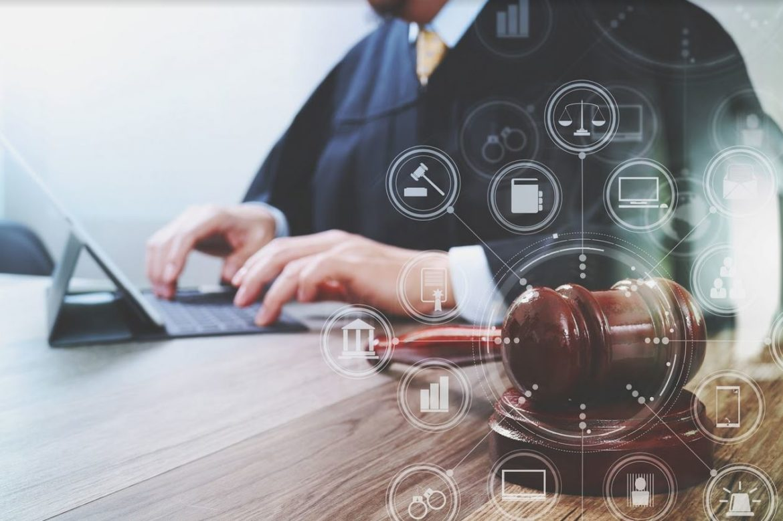 Adwokat do pomocy