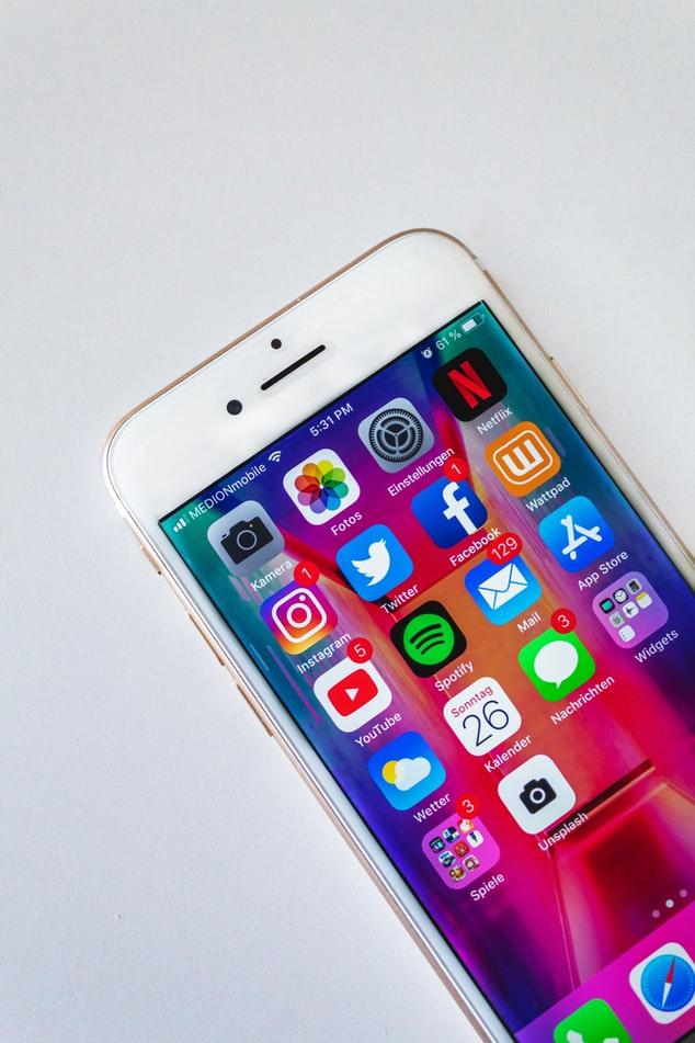 Jak sprawić, aby nasz smartfon był dłużej sprawny?