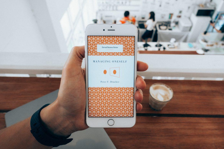 Co każdy posiadacz smartfona powinien mieć?